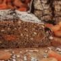 Bauernvollkorn-Aprikose-Sonnenblumenkerne-nah