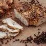 Omas-Butter-Hefekranz-mit-Rosinen-nah-1
